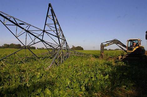 Effacement de 4 kilomètres de ligne électrique du paysage au nord de Caen (entre Epron et Saint-Contest) Image Ouest-France